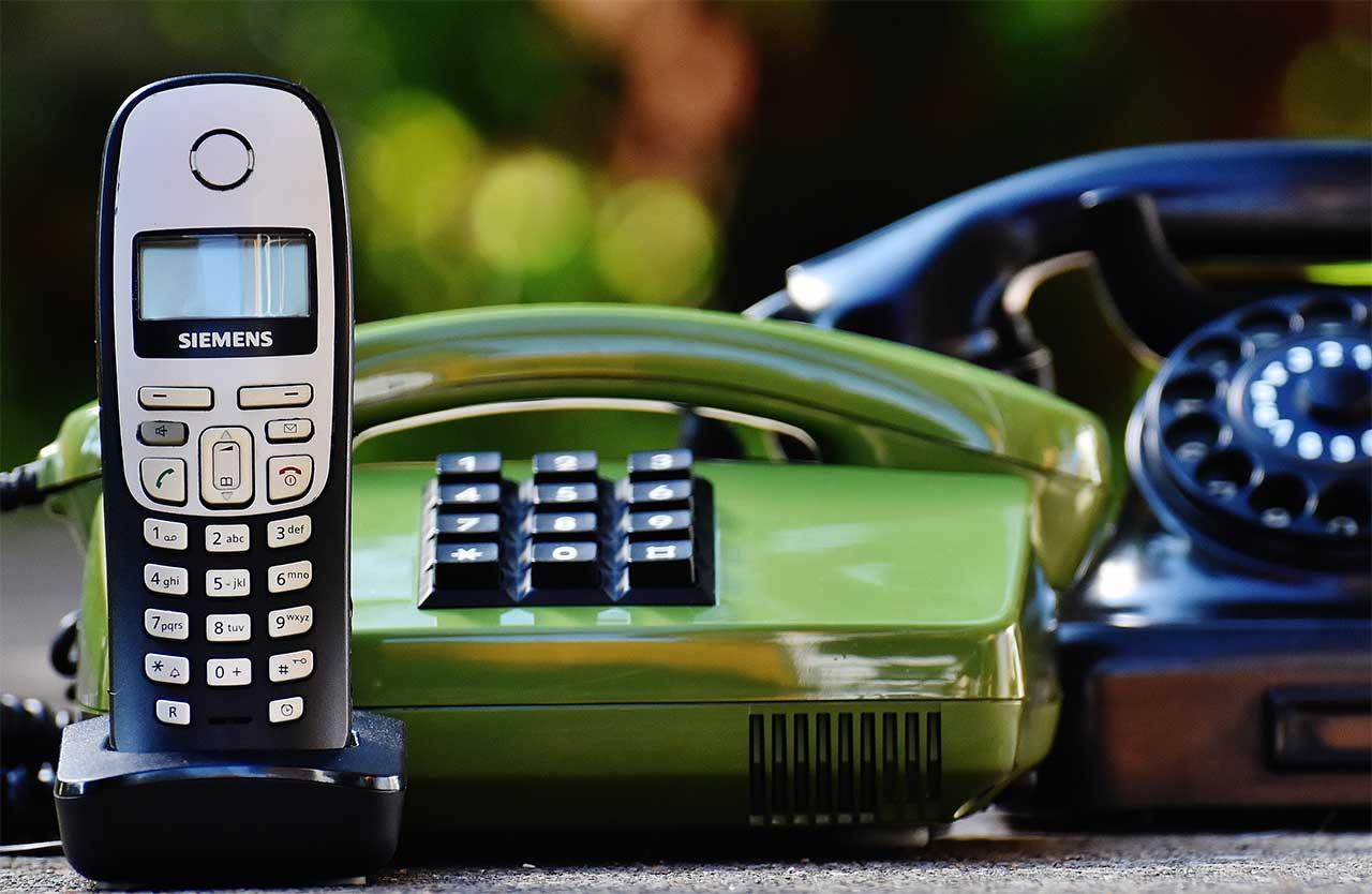 IP-Phone SMART用にIP電話機(Grandstream GXP1615)を購入したら通話が快適になった