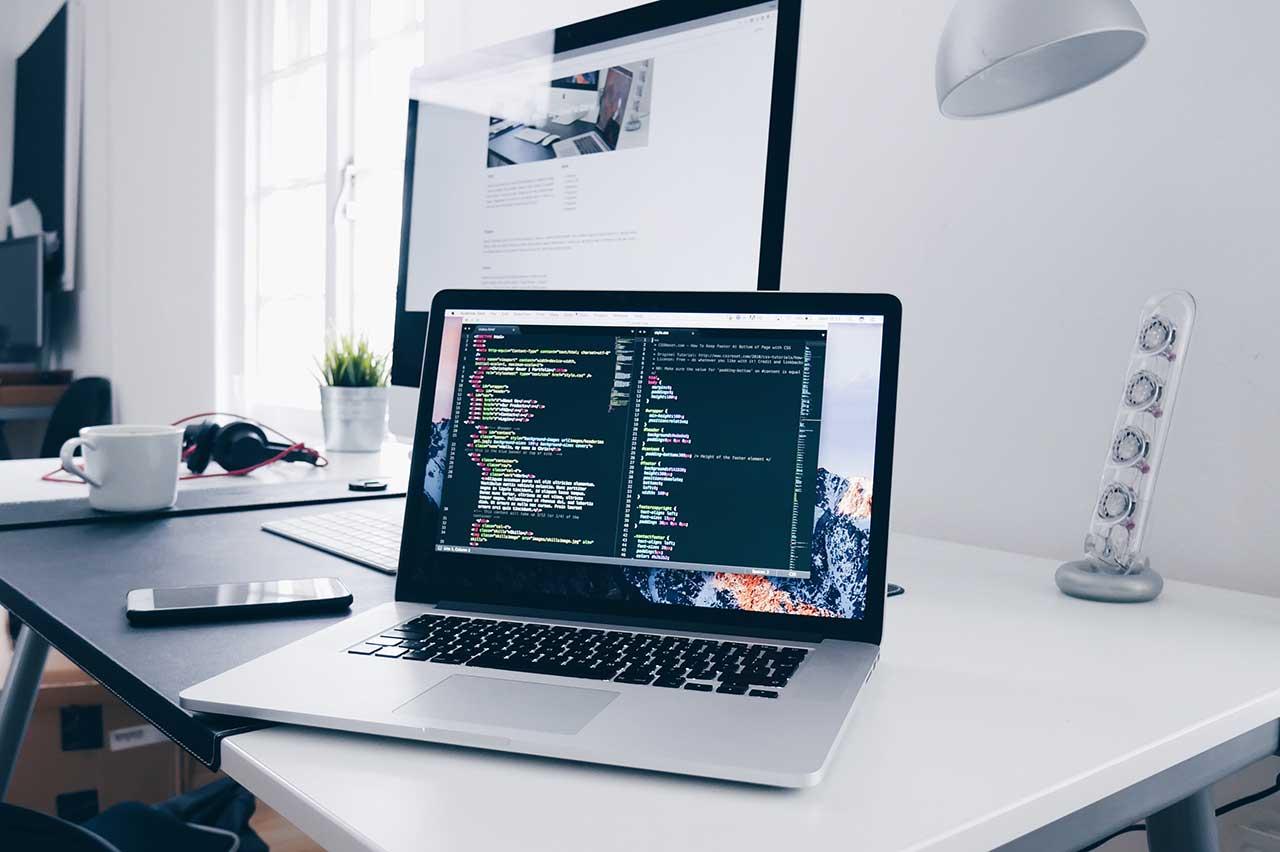ブラウザ上でコードを共有して複数人でリアルタイム編集できるWEBサービス「TryCode」