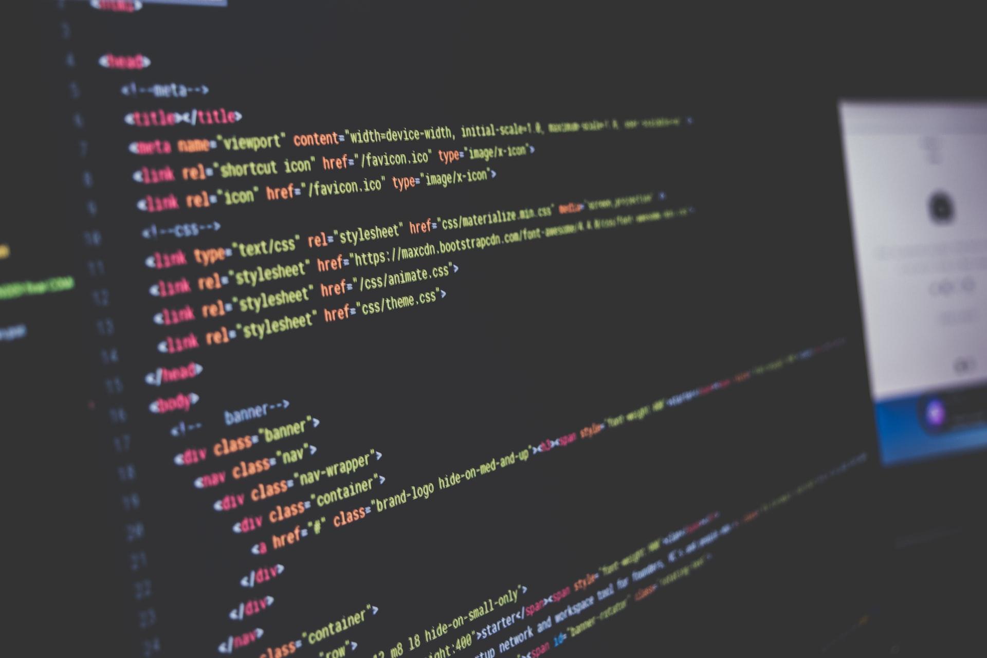 VSCodeでEmmetを展開した時に閉じタグの後ろにID・クラス名のコメントを自動挿入する方法