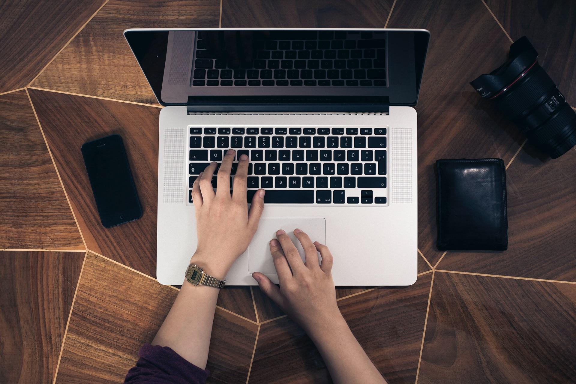 Core Web Vitals(コアウェブバイタル)の指標の1つであるCLSの発生状況をGIFアニメーションで作成してくれるツール「Layout Shift GIF Generator」